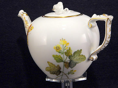 HEREND YELLOW WILDFLOWER TEAPOT,FOR SIX TEACUPS,30 fl OZ HOLD,BRAND NEW