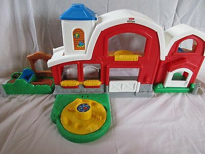 Fisher Price Little People Animal Fun Sound Farm with Accessories and 11 figures