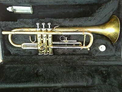 Trumpet Jupiter STR-600 with Vincent Bach 1 1/2C Mouthpiece and Case