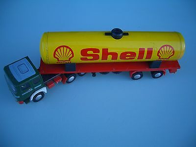 Tinplate 1960's Raba ( M.A.N.) Articulated Shell Tanker....Excellent !