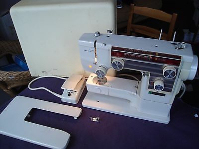 Janome New Home 609 Sewing Machine working needs attention