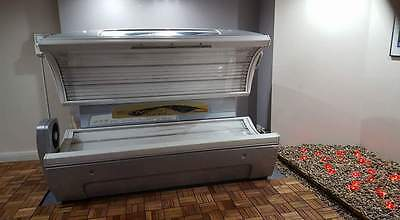 A used Sun Bed from sunvision by Aliosn
