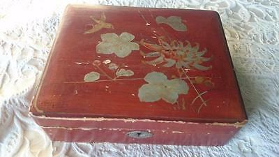 Vintage Japanese hand painted in & out Jewellery Box Lacquer Silk Lined Pretty