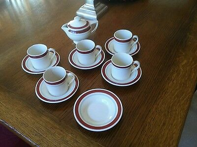 Susie Cooper design coffee cups, lidded jug and spare saucer