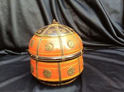 Indian  African ?  lidded pot . Ceremonial ?
