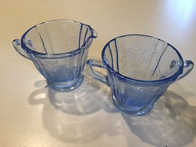 """Blue Sapphire New Madrid Footed Creamer & Sugar Indiana Glass Company 3-1/2"""""""