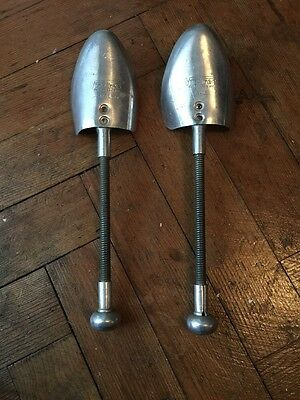 Vintage Metal Vic-Tree Shoe Trees( Stretchers Small Size