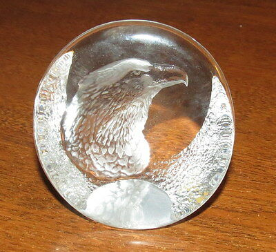 Mats Jonasson Eagle Lead Crystal Paperweight Signature Collection
