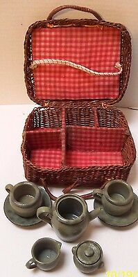 Rare Vintage Child's Childrens Picnic Basket with Green Pottery Dishes/Tea Set