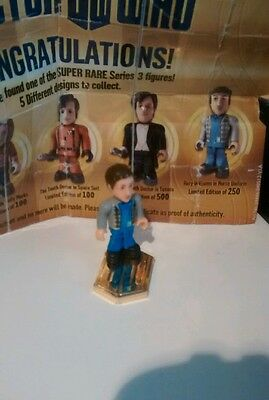 Doctor Who Character Building Series 3 super rare with  gold cert  and  base