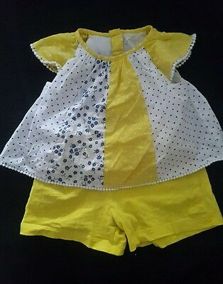2 piece baby girl outfit 3-6 months mothercare yellow top and shorts