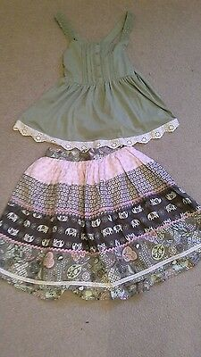 Lovely two piece girls oufit..skirt and top . Aged 11 to 12 (see description )