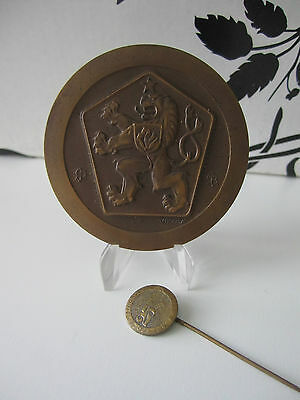 Cssr Lion Of Bohemia Bronze Medal / Justice For All Czechoslovakia Social Law