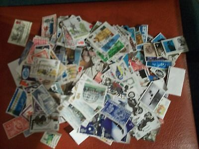 COLLECTION OF 100's OF USED GB COMMEMORATIVE STAMPS