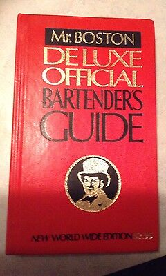 Mr. Boston Deluxe Official Bartenders Guide 1978 (d)