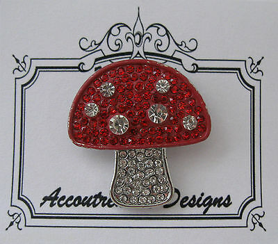 Accoutrement Designs Mushroom Needle Minder Magnet Mag Friends