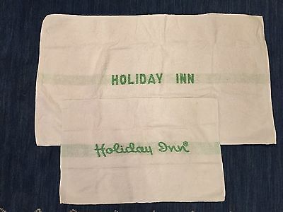 Two Vintage Holiday Inn Bath Towels Dundee Green Rare Logo