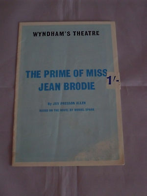 """London Wyndham's Theatre Programme - 1966 - """"the Prime Of Miss Jean Brodie"""""""