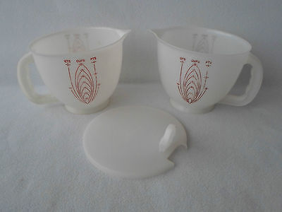 Vintage Tupperware Set of 2 Mix N Store Measuring Cups Pitcher 8 Cup + 1 Lid