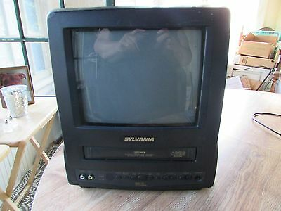 "Sylvania 13-Inch (13"") TV VHS Combo Works Great! SSC090"