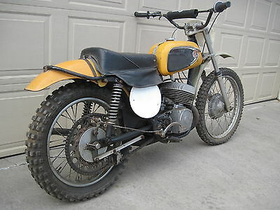 1972 Other Makes CZ 250 MX  1972 CZ 250 YELLOW TANK MOTOCROSS BARN FIND COMPLETE RARE VINTAGE ARMA