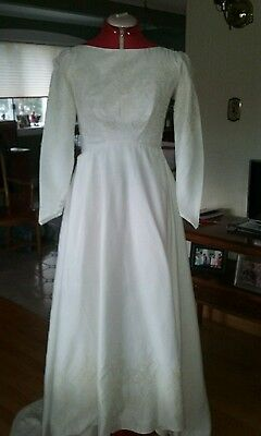 Vintage wedding dress gown..union label off white