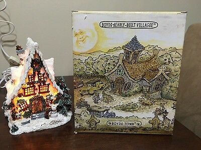 Boyd's Bearly Built Villages - Frostbeary Chalet EUC