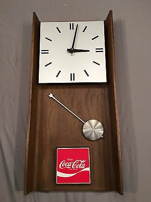 NEW Vintage Antique 1974 Coca-Cola Coke Benco Industr G016 CCA366 Pendulum Clock