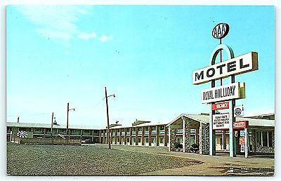 Postcard NM Gallup Royal Holliday Motel Route 66