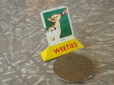 COLLECTABLE  VINTAGE TIN  1950's weeties CEREAL TOY 'LAMB''