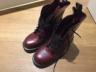 Dr Martens 1490 Cherry Red
