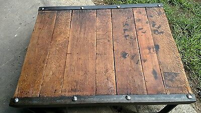 Reclaimed Refinished Vintage Antique Industrial Skid Pallet Coffee Table