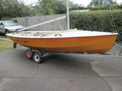 Wayfarer Sailing/ Cruising Dinghy/ Boat With Cover, Trolley and Trailer.  GWO