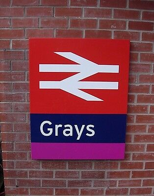 Decommissioned BR Station Sign Film Television Railway GWR TRAIN GRAYS THURROCK