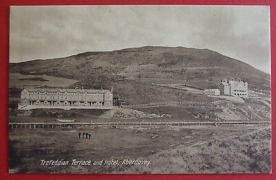 VALENTINES Postcard c.1910 TREFEDDIAN TERRACE ABERDOVEY MERIONETHSHIRE WALES