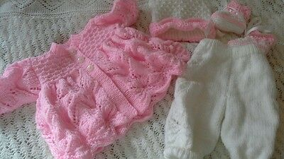 """Hand Knitted Set To Fit 19""""-20"""" Reborn Baby Doll"""