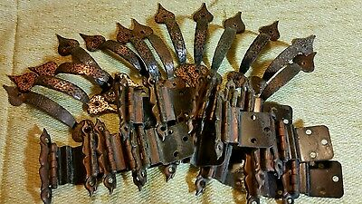 LOT OF 33 PIECES vintage hardware REPLACEMENT HANDLES AND HINGES EARLY AMERICAN