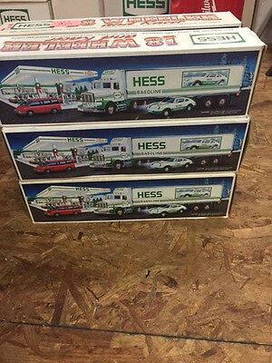 Look! 1992 Hess truck - Truck and Car