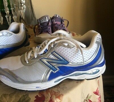 NB New Balance Women's ATHLETIC TENNIS RUNNING SHOES  SIZE 9.5 2 /A White/blue