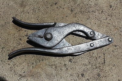 Vintage WW1 Wire Cutters. Trenching Tool.