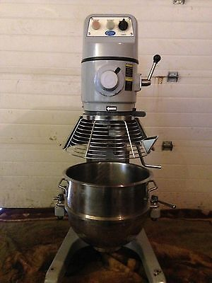 Used Globe 30 Quart 115 Volt 1hp Stand Up Mixer (shipping Not Included In Price)