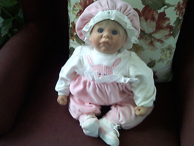 "Original Lee Middleton doll dated 1985 ""First Moments"" blonde signed"