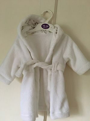 Brand New Mothercare White Fleece Dressing Gown. Unisex. Age 0-3 Months