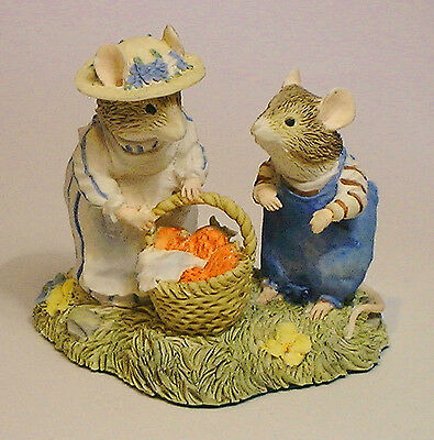 brambly hedge border fine arts Mrs  Apple & Wilfred with basket