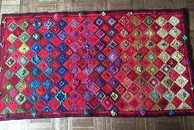 """""""Red Diamonds"""" - new, authentic traditional Hand-hooked Rug"""