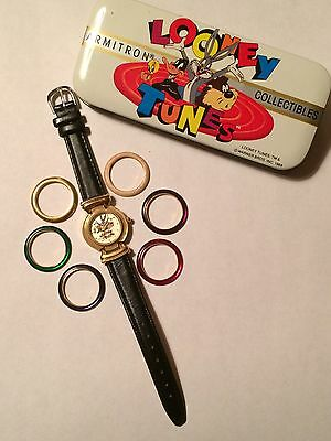 Looney Tunes watch with changeable rings Bugs Bunny/Taz/Daffy Duck/Tweety
