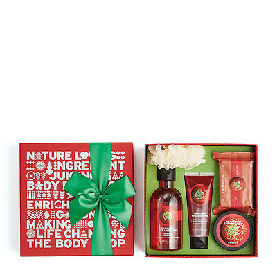 New The Body Shop Strawberry Bliss Box