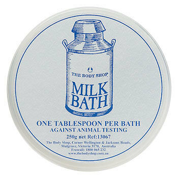 The Body Shop Bath Milk Soy Powder Foaming Moisturizer