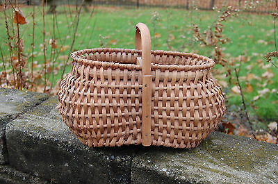 Berry basket handwoven Handle EUC Amish Made OHIO Kelly's Basketry