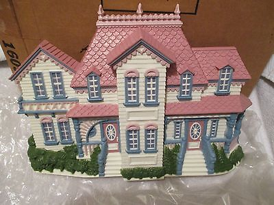 Nib Vtg # 1609Cv Victorian House By Home Interior. Plaque Hangs Or Stands Alone